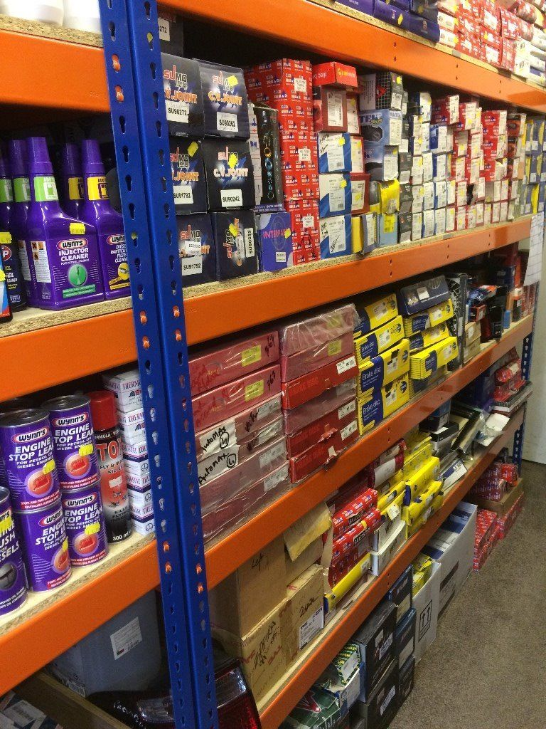Retail Racking Solutions - Equipement Industriel RC
