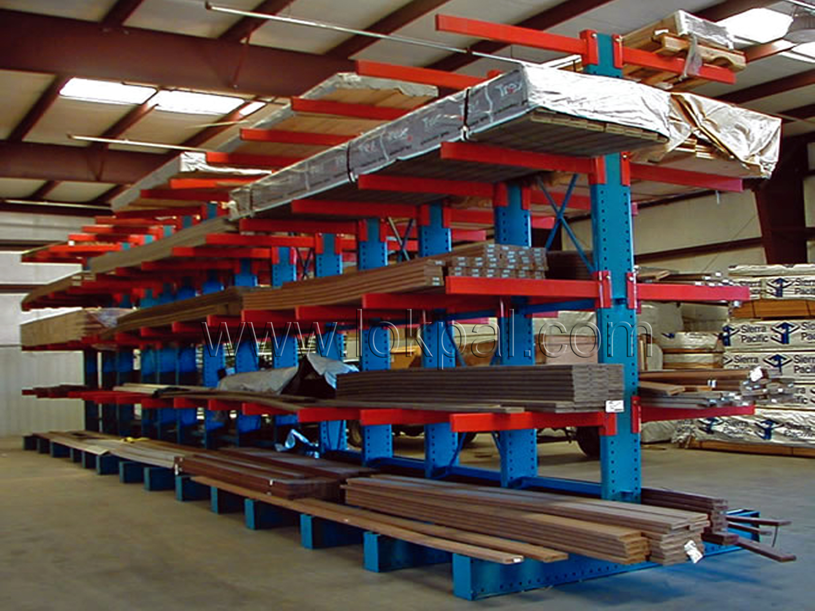 Cantilever Racking Systems - Equipement Industriel RC