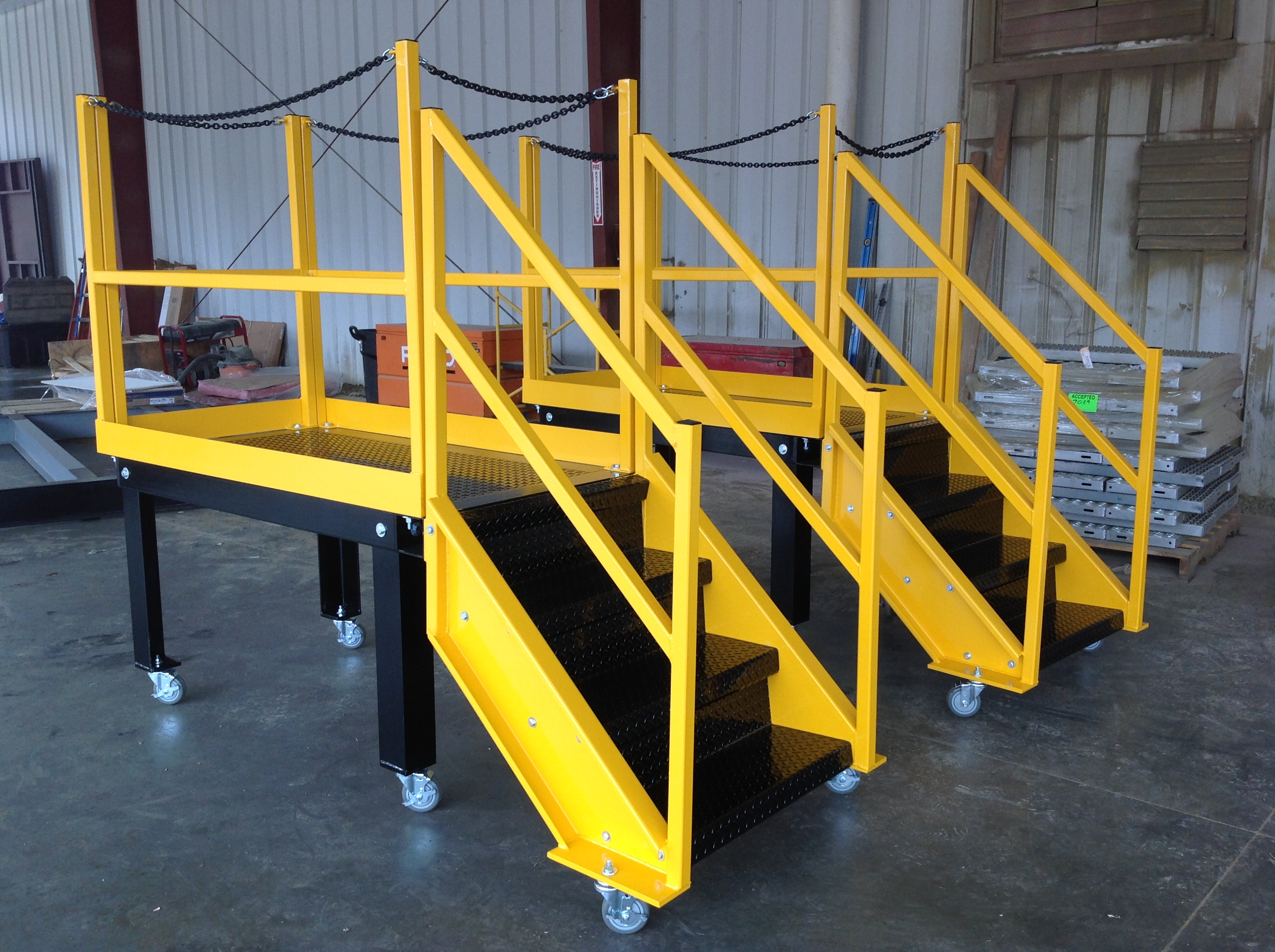 Mobile Stairs and Rolling Ladders - Equipement Industriel RC